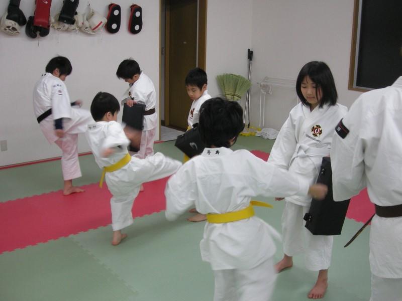 蹴りの練習